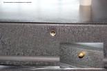 Противосъем на резьбе в металлических дверях Гарда